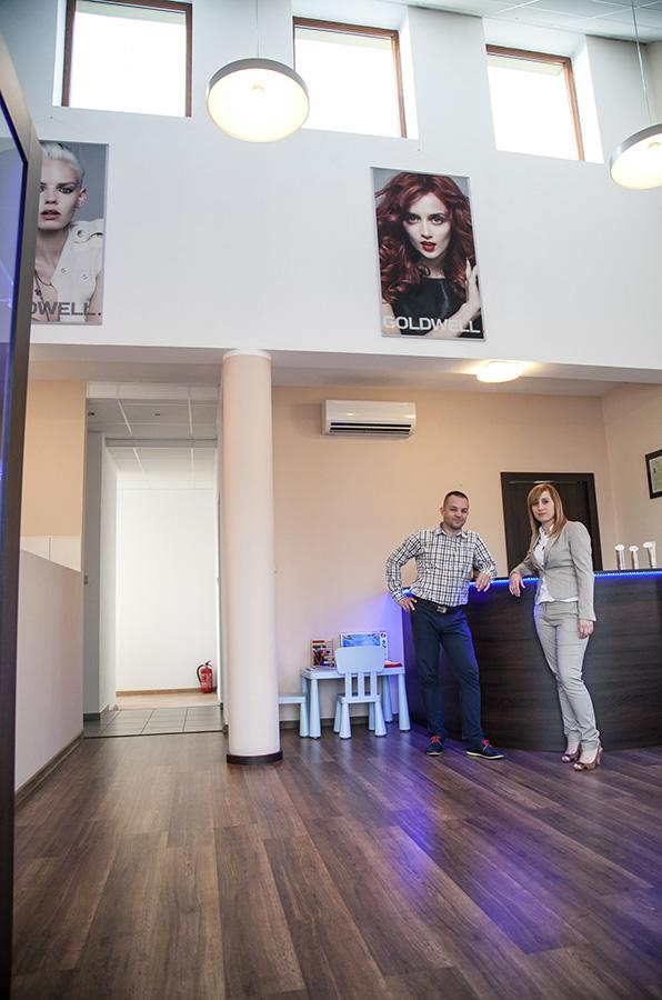 Salon Fryzjerski Kleopatra Konin Laskówiec Usługi Fryzjerskie